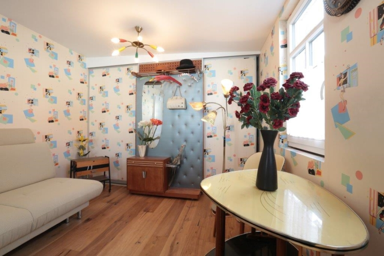 k r design restauriert altes fachwerkhaus schreinerei. Black Bedroom Furniture Sets. Home Design Ideas